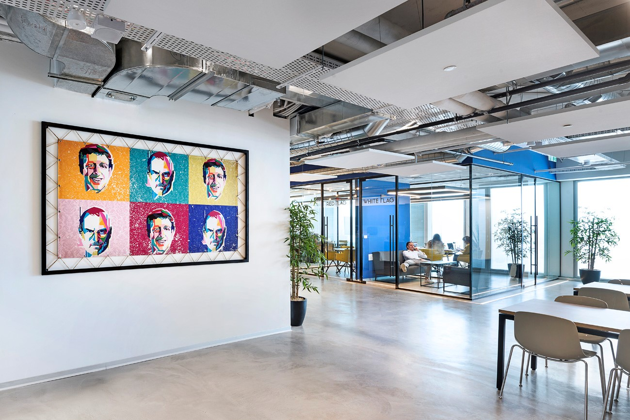 T+R studio תכנון עיצוב פנים ומיתוג סביבת עבודה של משרדים