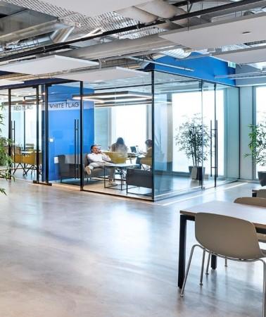 עיצוב משרדים creative clicks